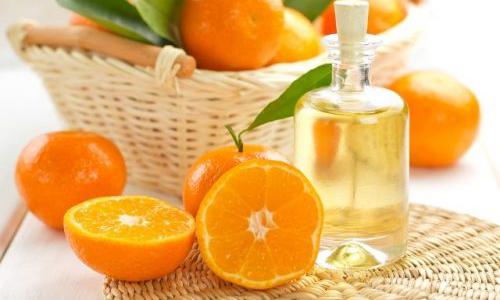 12 lợi ích và công dụng của tinh dầu cam