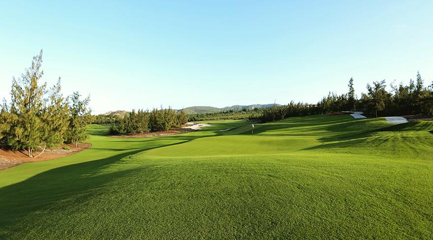 Long An có 2 dự án sân Golf