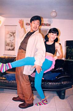 Ảnh Hoài Linh làm vợ Vân Sơn thời chạy show ở Mỹ